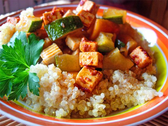 Couscous quinoa et tofu
